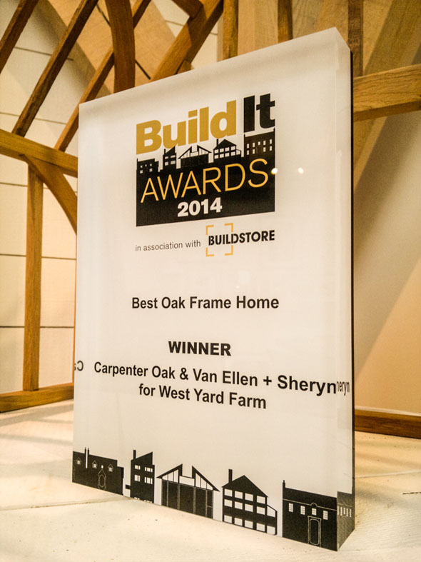 build_it_awards_2014_winner_best_oak_frame_carpenter_oak_van_ellen_shery_small